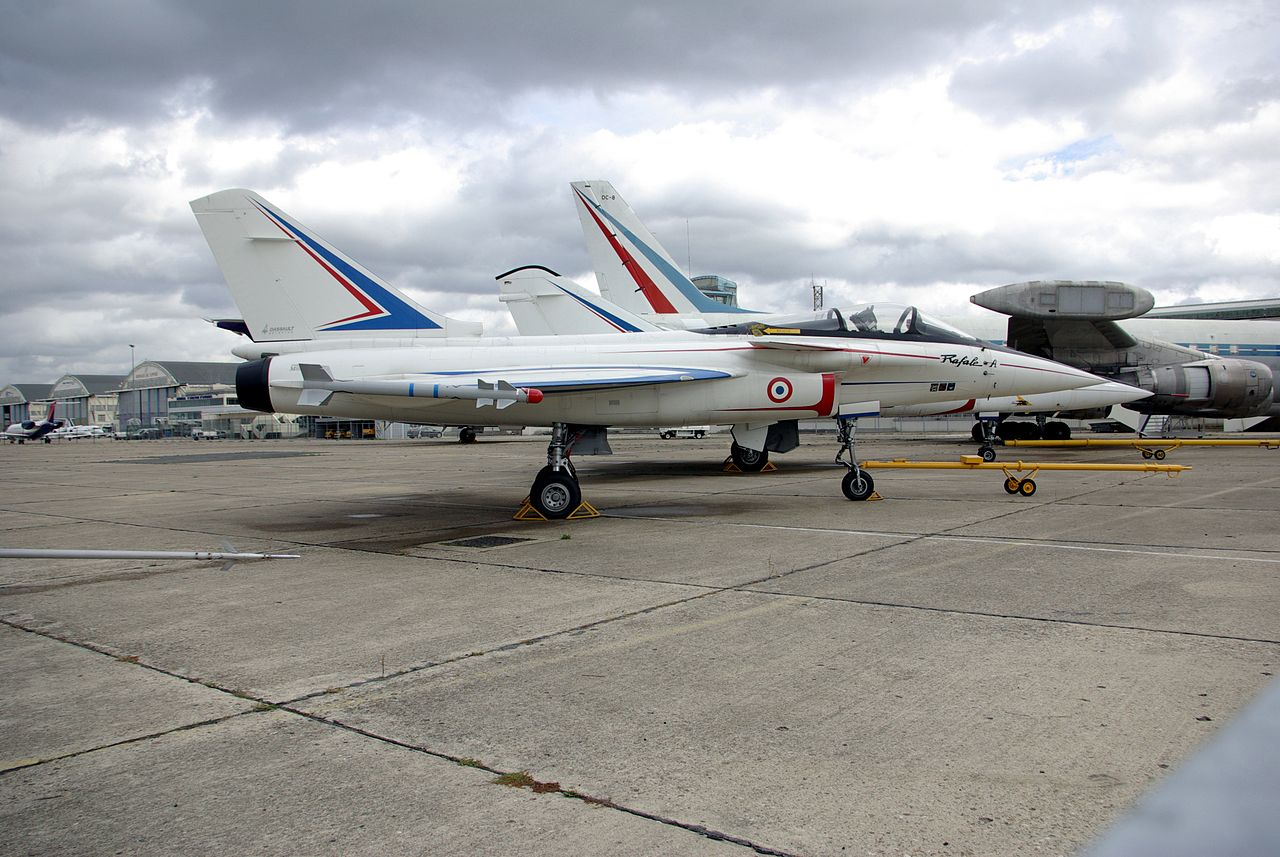 The Dassault 'Rafale A' technology demonstrator in 2006.jpg