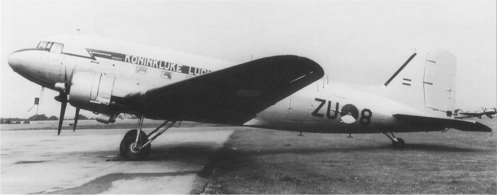 UK2 KN699 Douglas DakotaMkIV 1957-09-03 ex US 44-77083 C-47B to DutchAF ZU-8 Blackbushe JenniferGrad