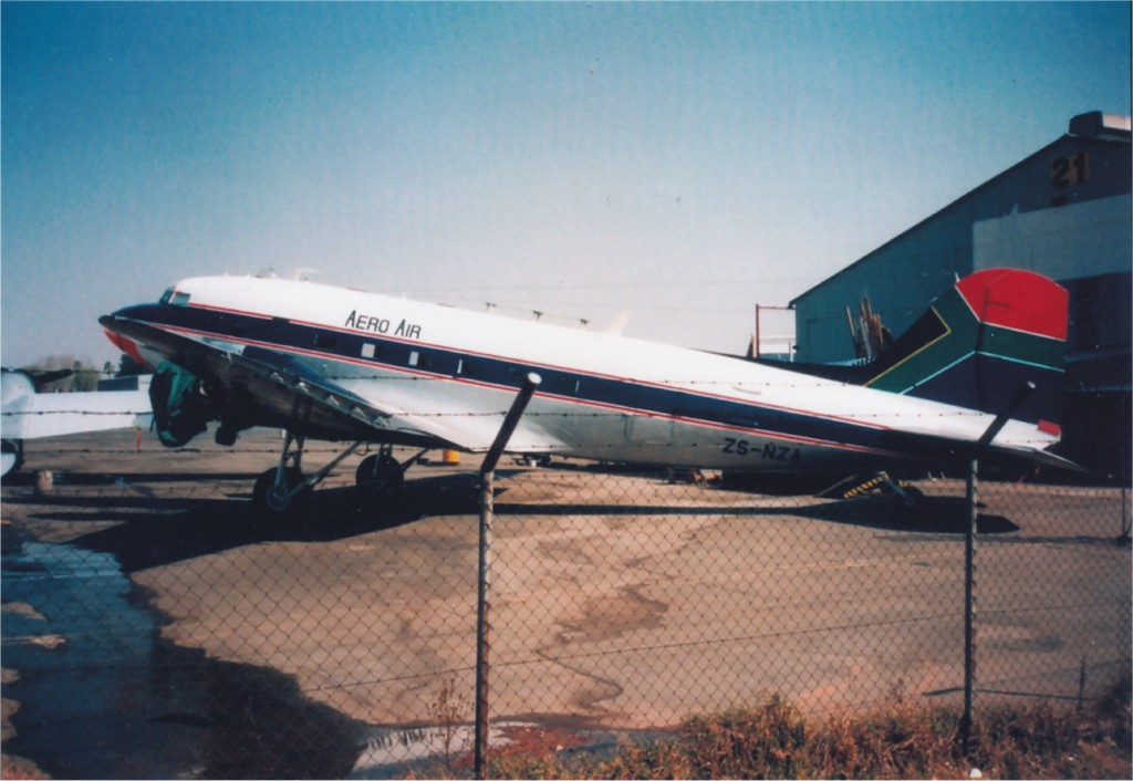 UK2 FL527 Douglas DakotaMkIII ex US 42-24248 C-47A to ZS-NZA.jpg