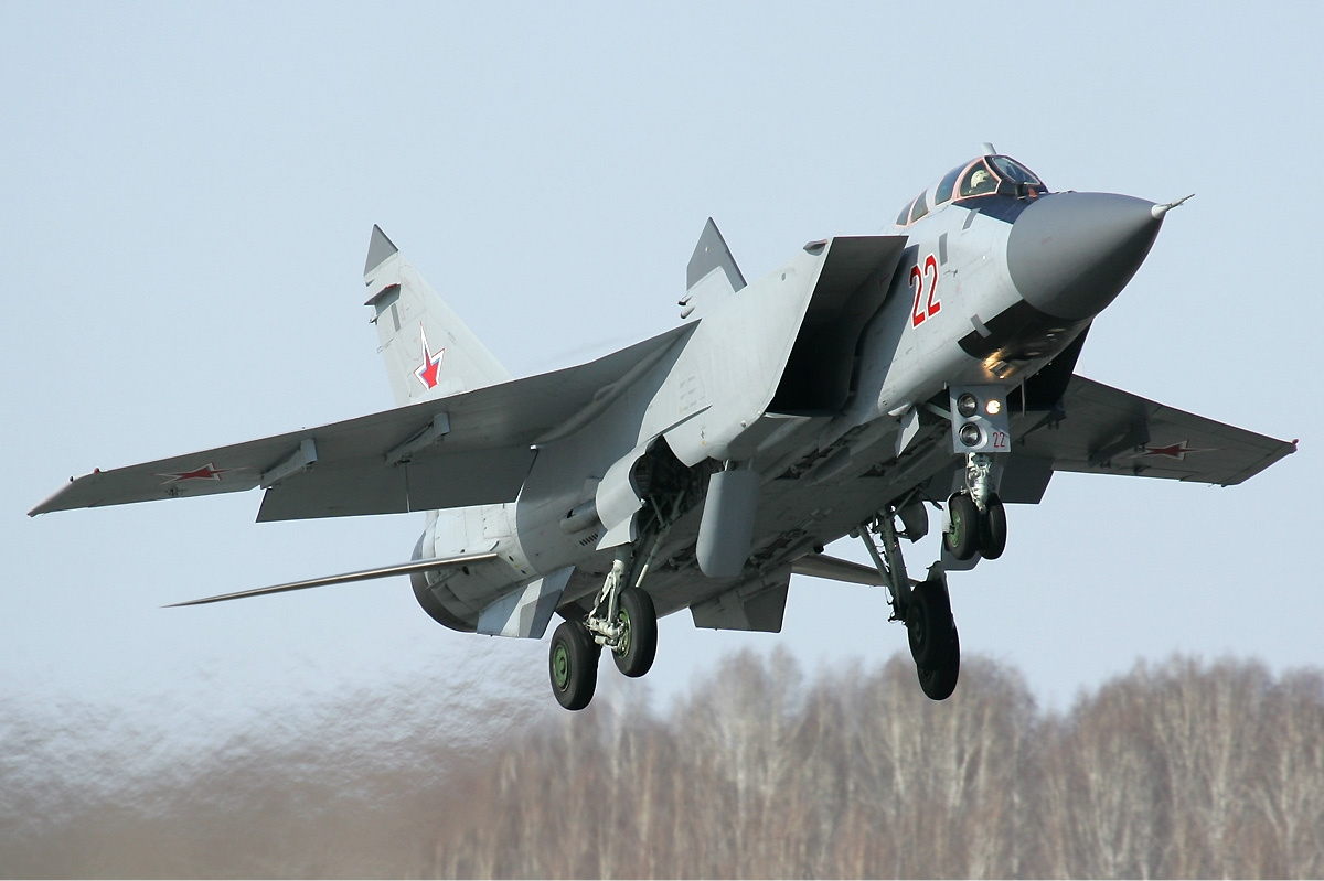 Russian_Air_Force_Mikoyan-Gurevich_MiG-31BM_Pichugin-1.jpg