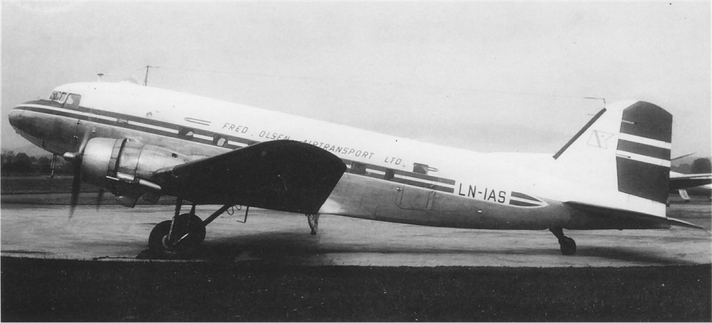 US 1942-100995 C-47A to LN-IAS.jpg