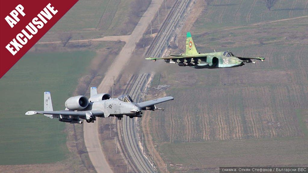 Bulgarian-Air-Force-Su-25-and-US-A-10-train-together.jpg