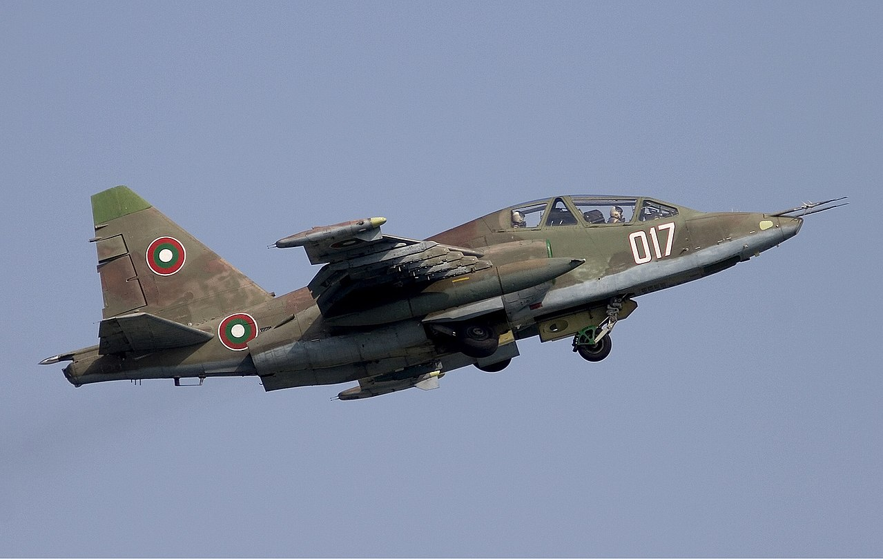 Bulgarian Su-25UBK on take-off.jpg