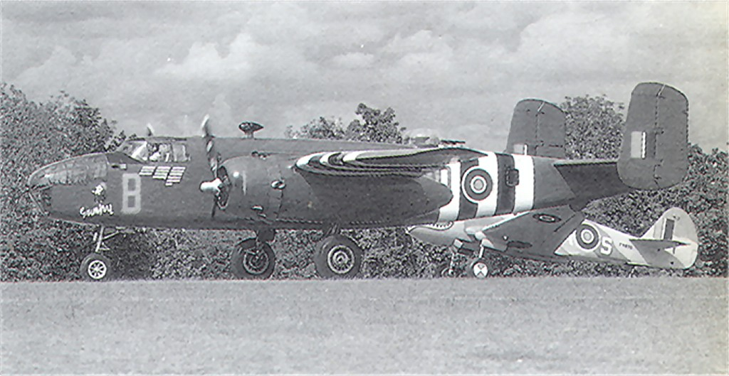 US 1943-03318 B-25D 1989-05 to UK KL161 NA MitchellMkII to N88972 LaFerteAlais ThierryThomassinPhoto