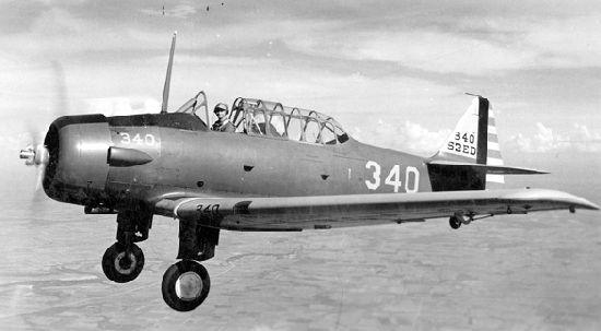 North_American_BT-14_in_flight.jpg