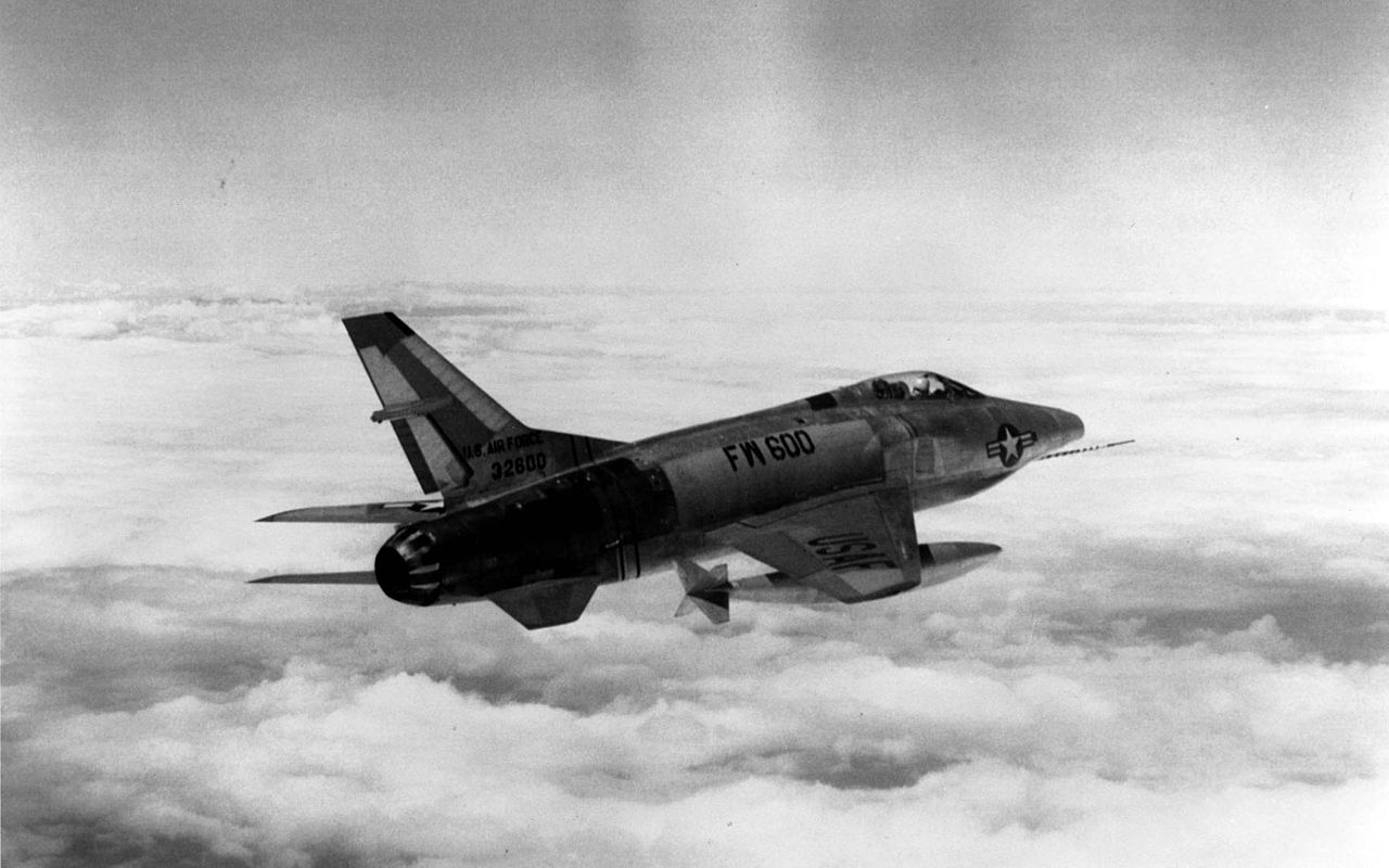 An RF-100A in flight, inexplicably marked with the AF serial number of a Northrop F-89 Scorpion (53-